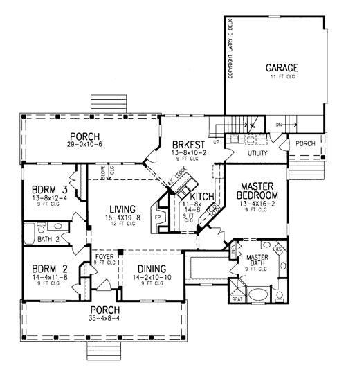 План 1 этажа План 2-этажного дома LC-8478-2-3 с большими верандами спереди и сзади