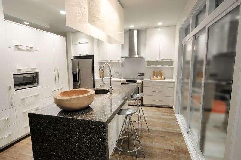 Кухня в современном стиле. Проект DR-21998