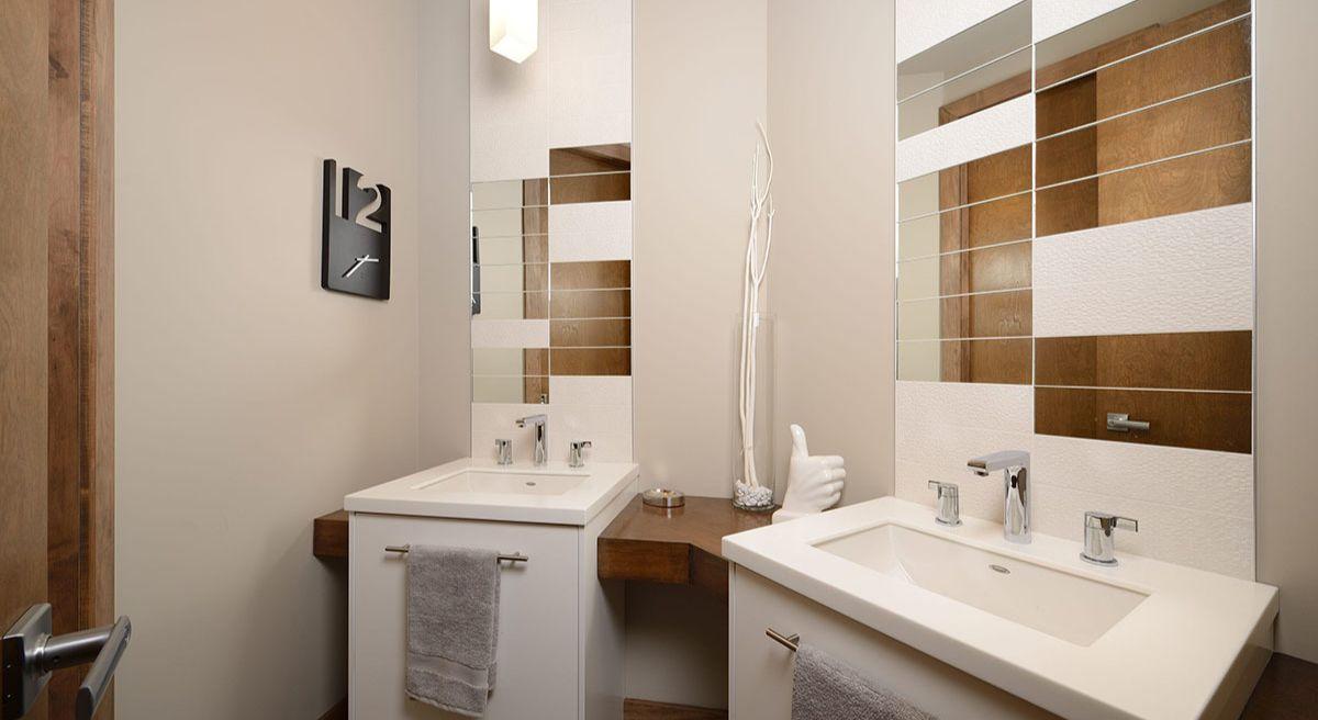 Дизайн ванной с белой мебелью