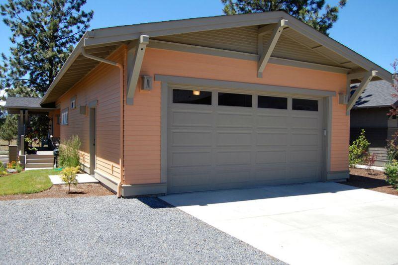 Въезд в гараж сзади Проект красивого дома в современном стиле с двускатной крышей: план SS-7791-1-2
