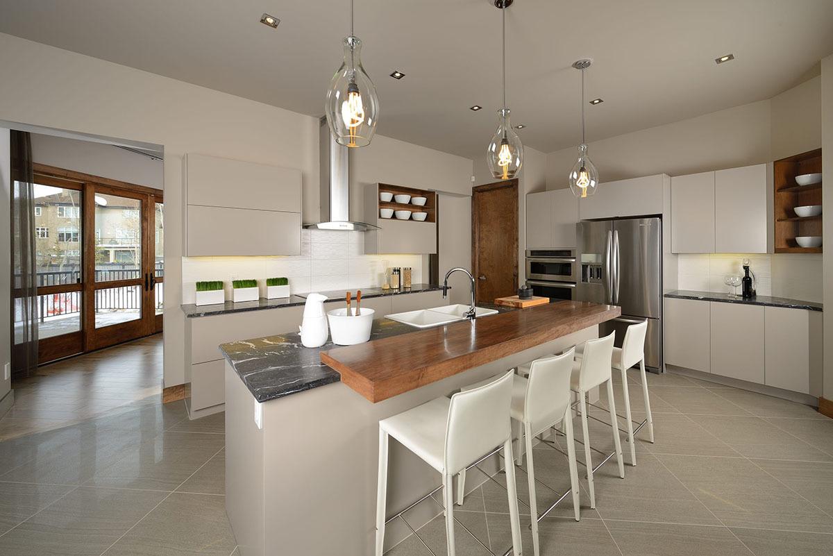 Современная кухня в белом. Проект AB-81637-2-3