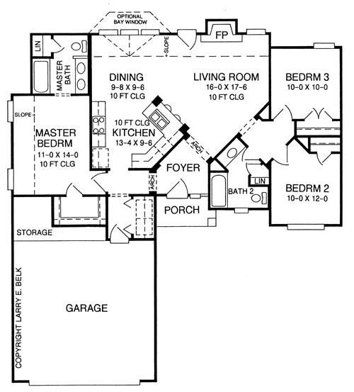 Этот практичный проект одноэтажного дома  площадью  до 150 кв.м с гаражом на 2 машины и с 3 спальнями подходит для постоянного проживания. Также перед домом есть веранда..
