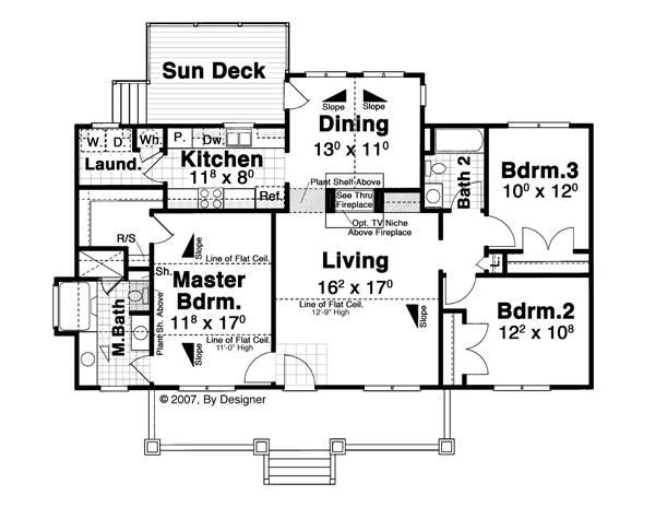 Этот красивый проект одноэтажного дома в американском стиле площадью до 150 кв.м с 3 спальнями, большой верандой, парадной столовой и террасой подходит для постоянного проживания.